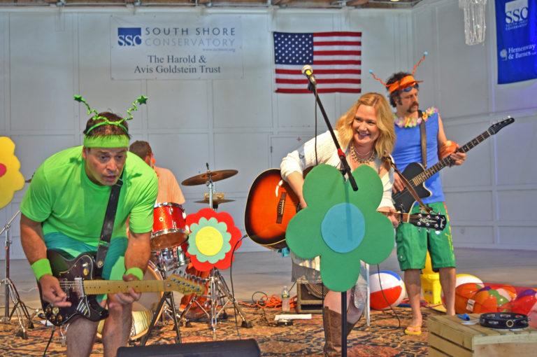 SSC's Wacky Wednesdays Family Concert Series Kicks off with Karen K & the Jitterbugs